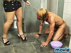 Leticia Brunni commands her submissive